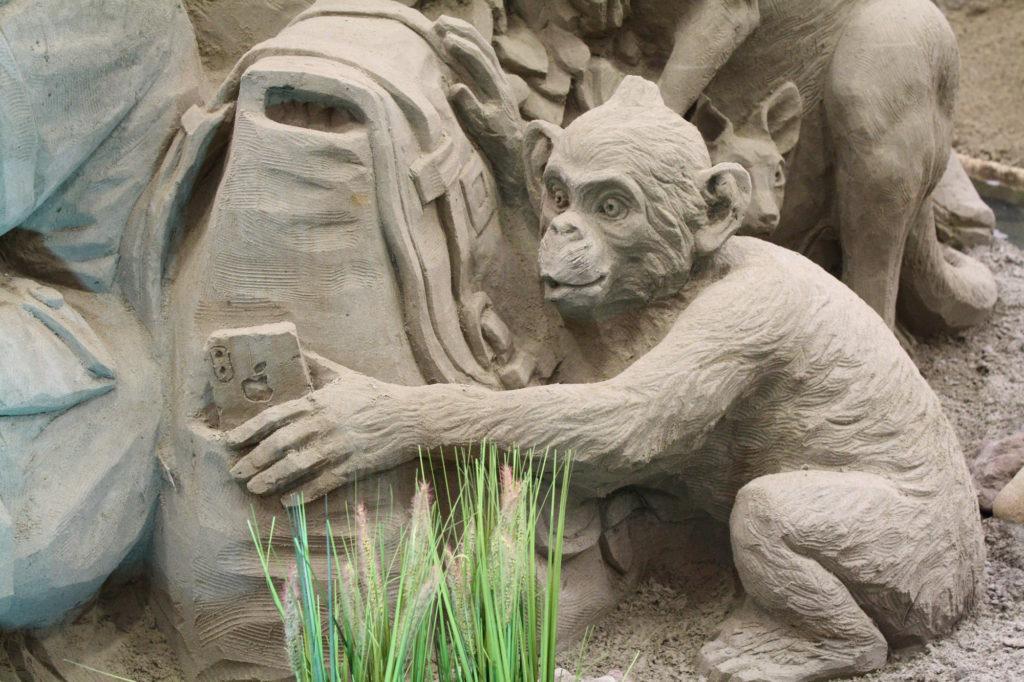 Aapje Zandsculpturen Veluwe